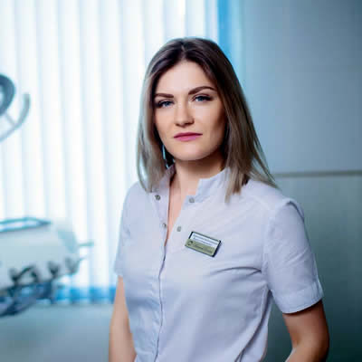 Врач стоматолог-терапевт Деменкова Кристина Викторовна